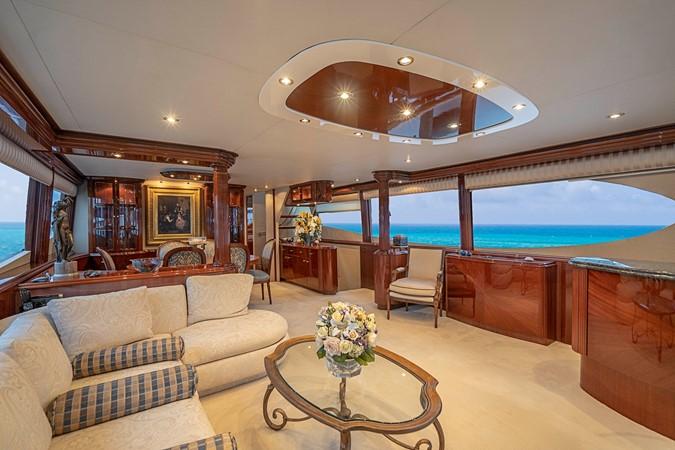 Forward View Grand Salon 2002 LAZZARA Skylounge Motor Yacht 2563946