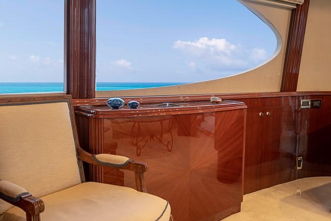 Hi / Lo TV Cabinet 2002 LAZZARA Skylounge Motor Yacht 2563951