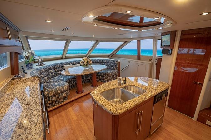 Galley 2002 LAZZARA Skylounge Motor Yacht 2563956