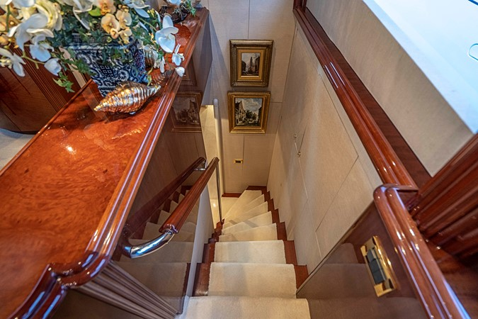 Owner / Guest Quarter's Staircase 2002 LAZZARA Skylounge Motor Yacht 2563962