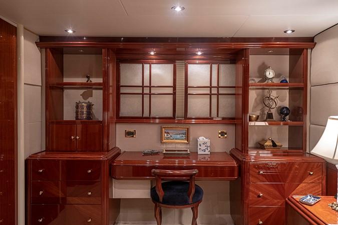 Master Stateroom Desk / Vanity 2002 LAZZARA Skylounge Motor Yacht 2563968