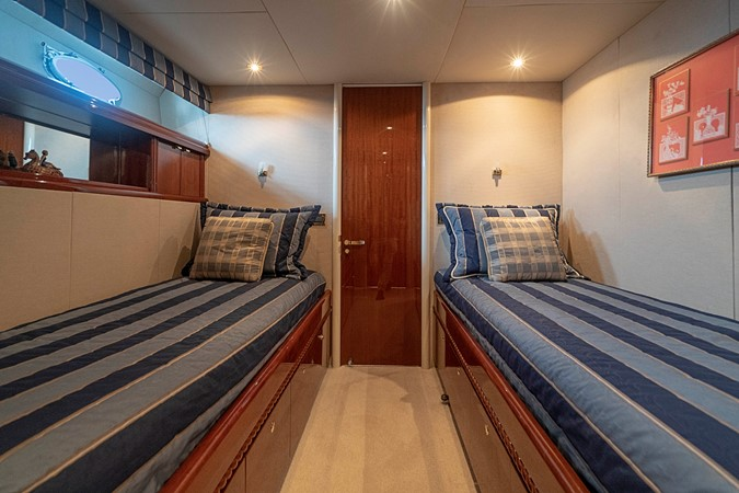 Starboard Guest Twin Berth Stateroom 2002 LAZZARA Skylounge Motor Yacht 2563979
