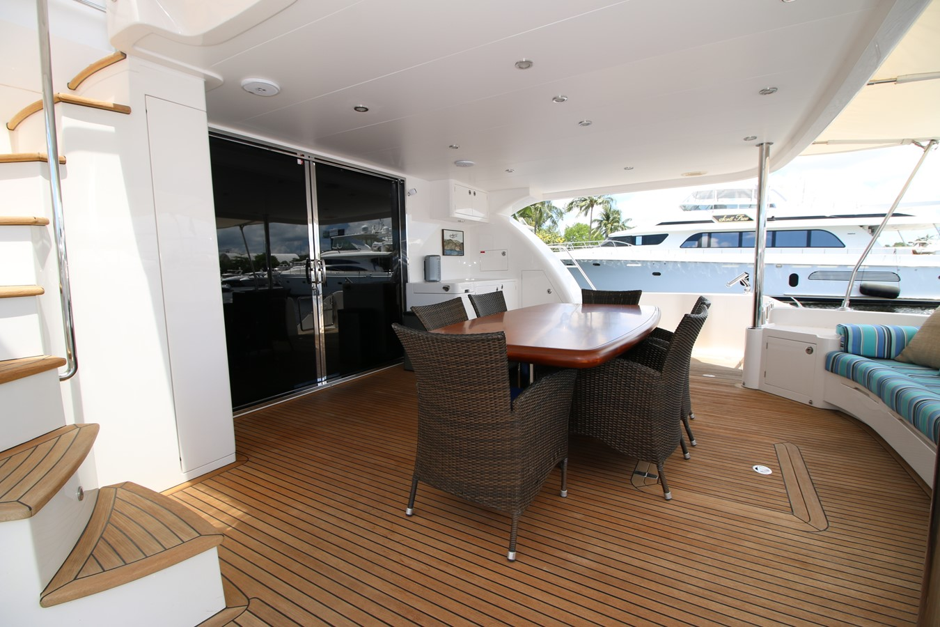 AFT DECK 2014 HORIZON PC60 SKYLOUNGE Catamaran 2547231