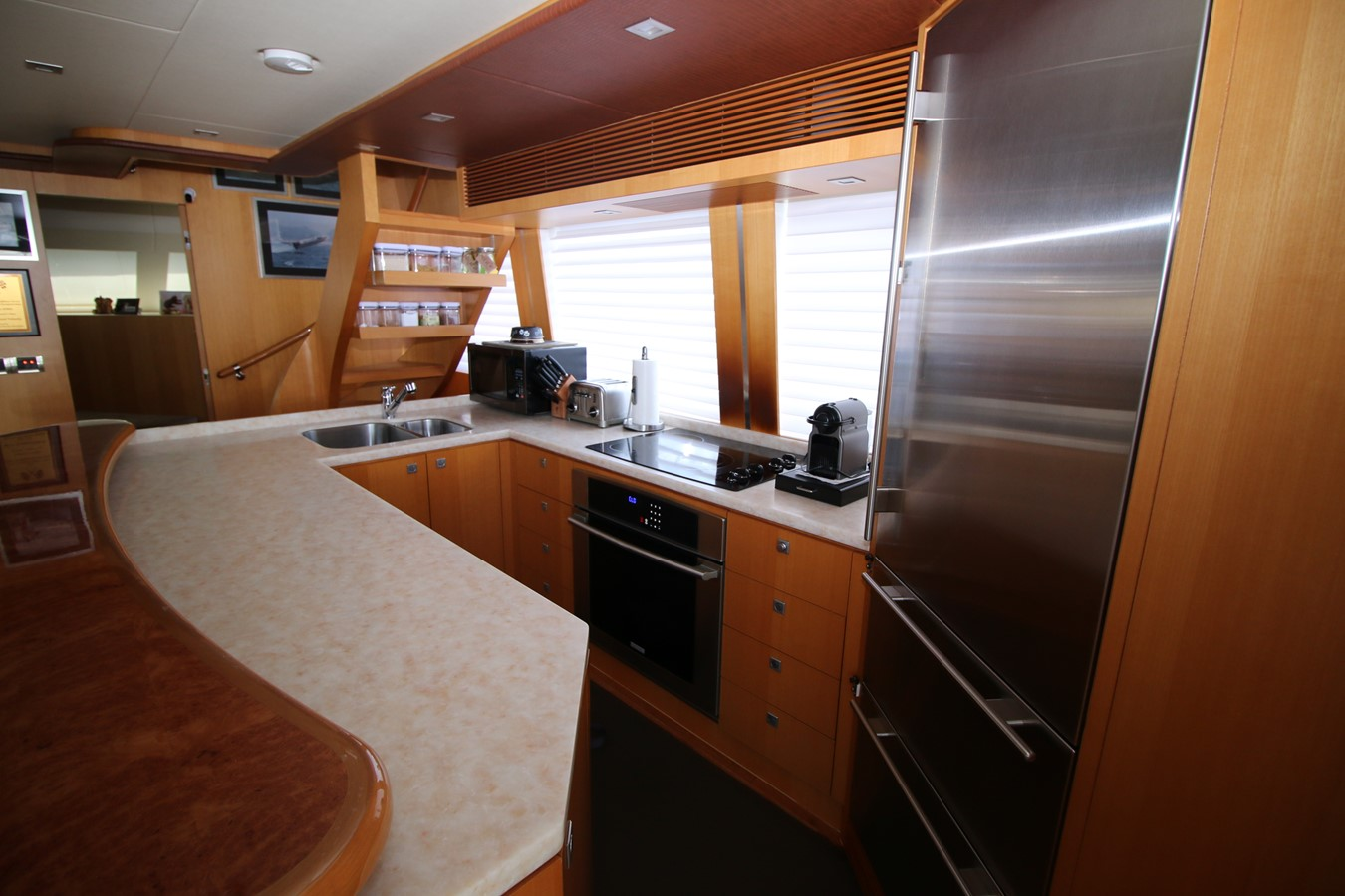 GALLEY 2014 HORIZON PC60 SKYLOUNGE Catamaran 2547236