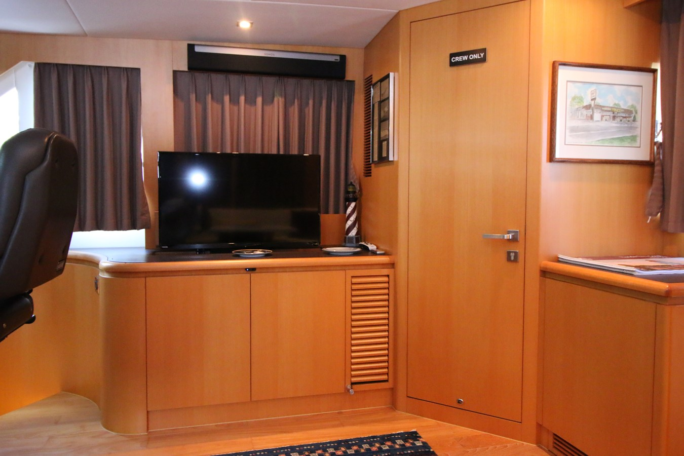 ENCLOSED BRIDGE ENTERTAINMENT AREA 2014 HORIZON PC60 SKYLOUNGE Catamaran 2547247