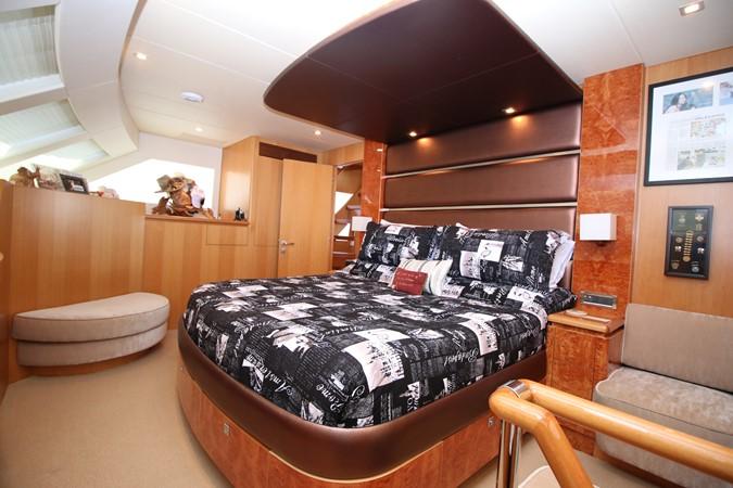 MASTER STATEROOM 2014 HORIZON PC60 SKYLOUNGE Catamaran 2547241