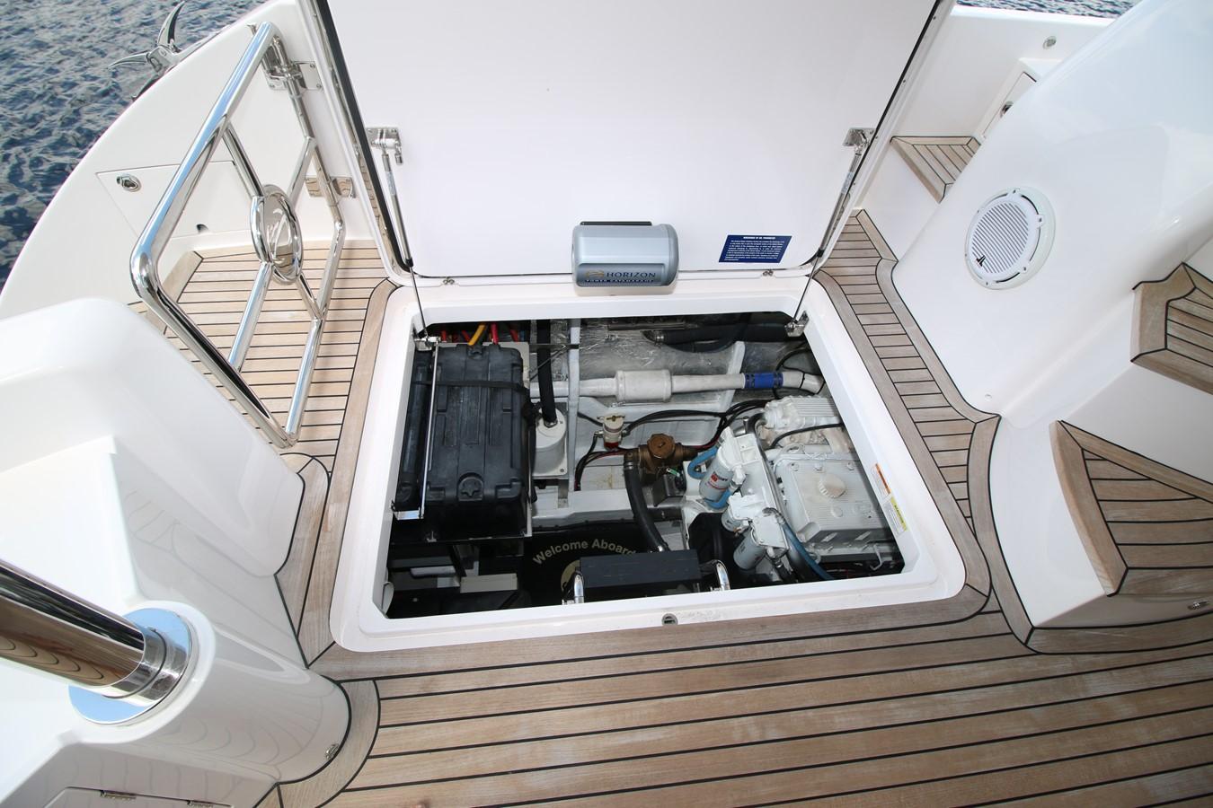 PORT ENGINE COMPARTMENT 2018 HORIZON 60 PC Open Floorplan Catamaran 2547054