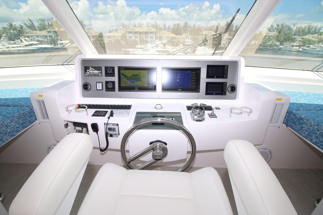 HELM 2018 HORIZON 60 PC Open Floorplan Catamaran 2547060