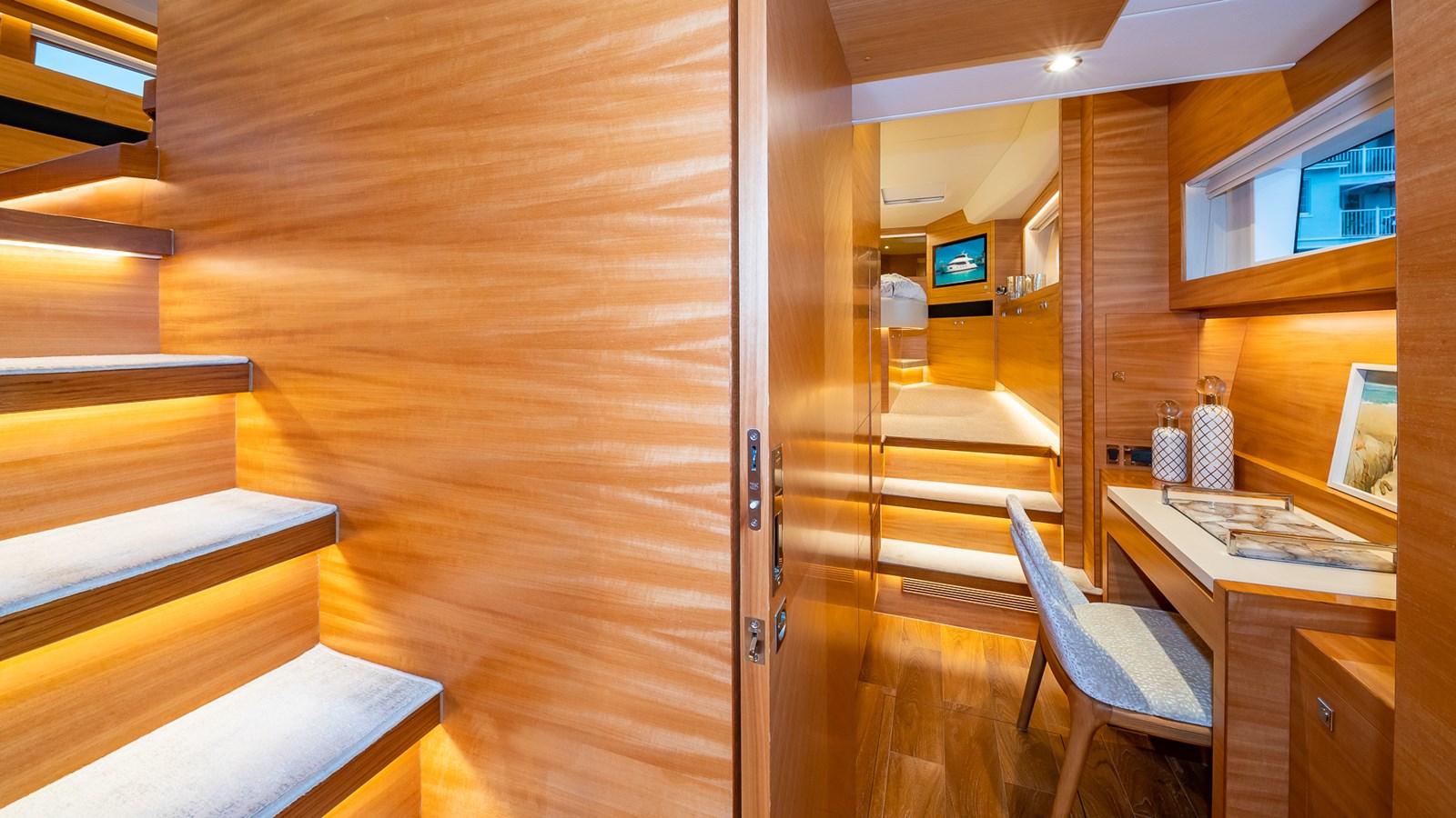 HALLWAY TO MASTER 2018 HORIZON 60 PC Open Floorplan Catamaran 2825803