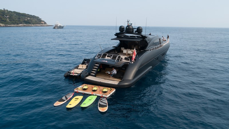 M/Y Neoprene Mangusta 108 2002 OVERMARINE - MANGUSTA  Mega Yacht 2588235