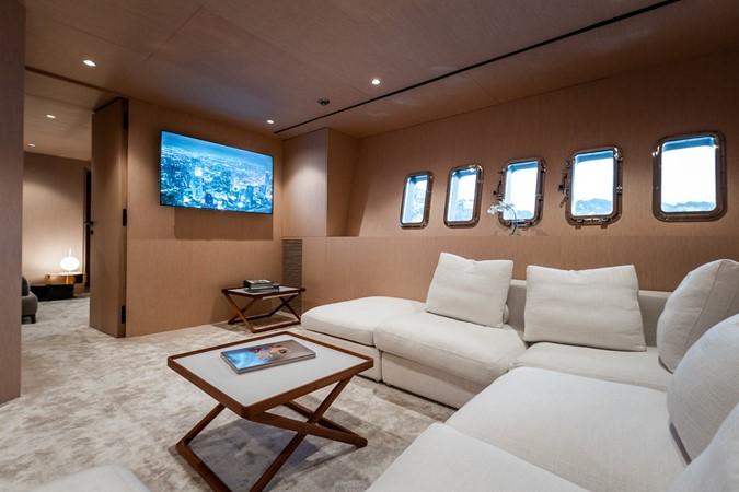 M/Y Neoprene Mangusta 108 - TV Lounge 2002 OVERMARINE - MANGUSTA  Mega Yacht 2588239