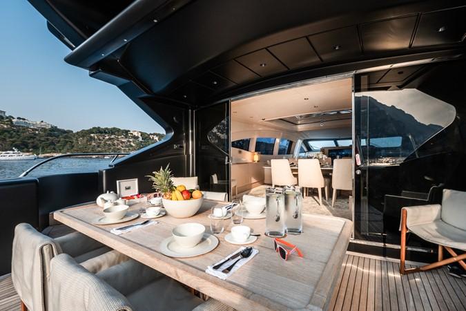 M/Y Neoprene Mangusta 108  2002 OVERMARINE - MANGUSTA  Mega Yacht 2588250