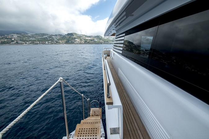 side-gangway2 2010 CANTIERE NAVALI  Motor Yacht 2547936