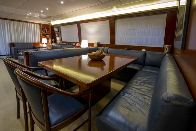 dining 2010 CANTIERE NAVALI  Motor Yacht 2547939