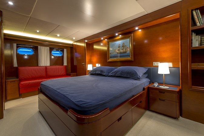 master-seating 2010 CANTIERE NAVALI  Motor Yacht 2547947
