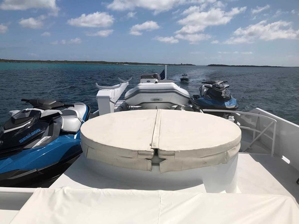 Toys Stowed 1990 BROWARD Custom Extended Motor Yacht 2546505