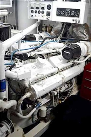 Starboard Engine 1990 BROWARD Custom Extended Motor Yacht 2546513