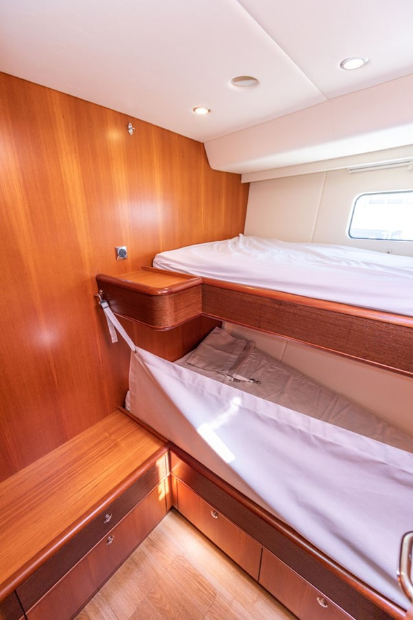 2012 DISCOVERY Discovery 57 Cruising Sailboat 2546351