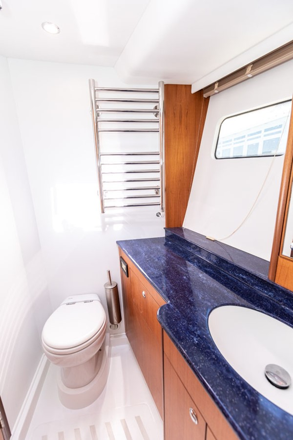 2012 DISCOVERY Discovery 57 Cruising Sailboat 2546352