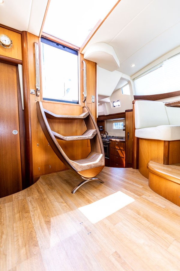 2012 DISCOVERY Discovery 57 Cruising Sailboat 2546358