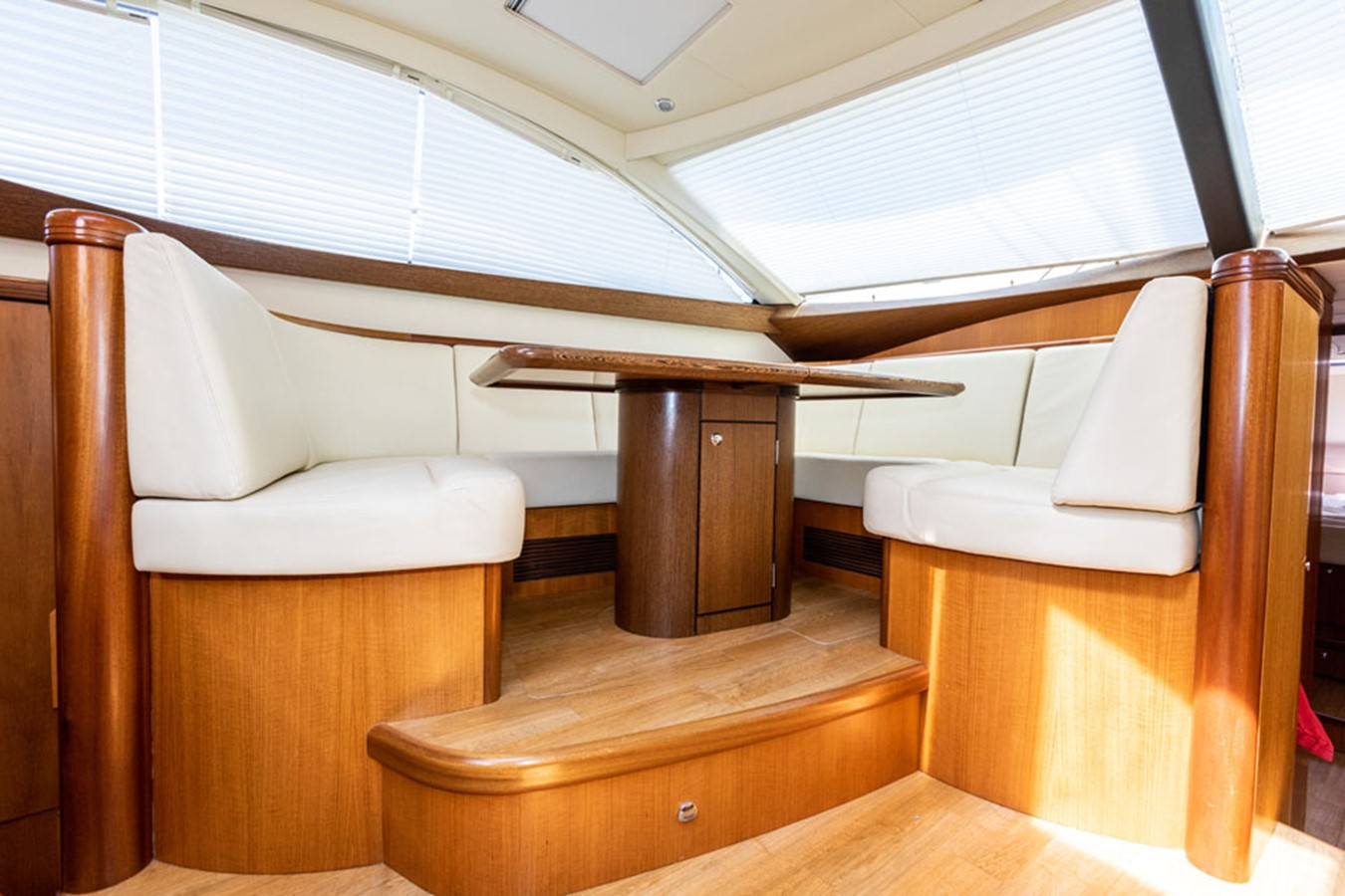 2012 DISCOVERY Discovery 57 Cruising Sailboat 2546359