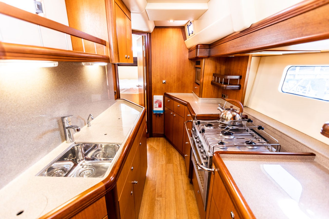 2012 DISCOVERY Discovery 57 Cruising Sailboat 2546362