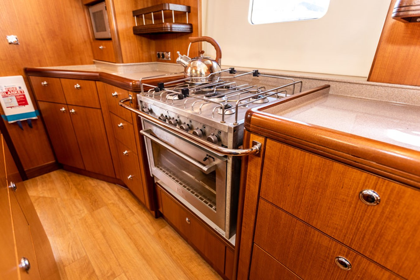 2012 DISCOVERY Discovery 57 Cruising Sailboat 2546363