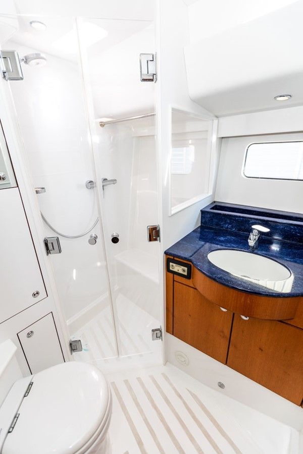 2012 DISCOVERY Discovery 57 Cruising Sailboat 2546374