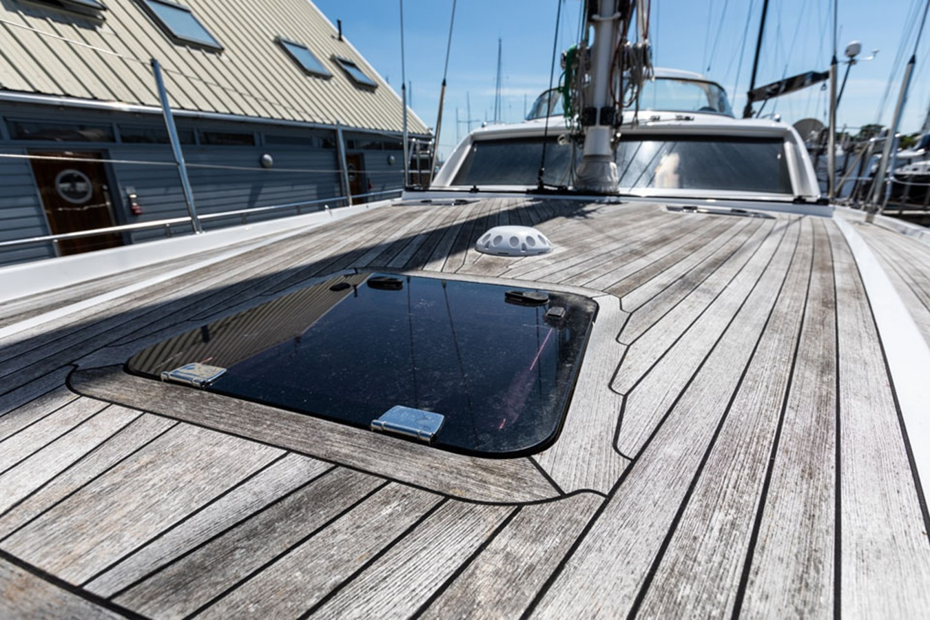 2012 DISCOVERY Discovery 57 Cruising Sailboat 2546377