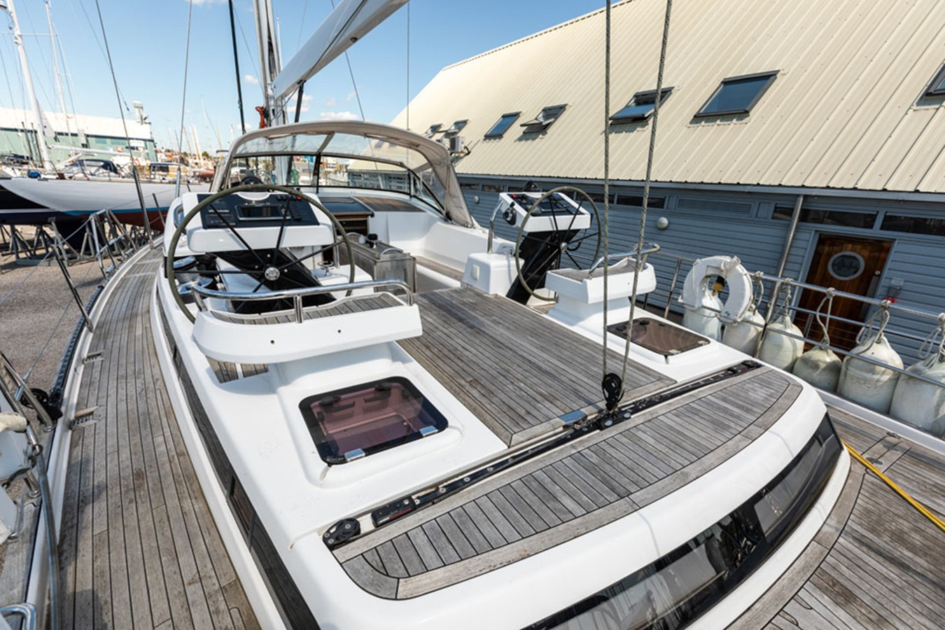 2012 DISCOVERY Discovery 57 Cruising Sailboat 2546384