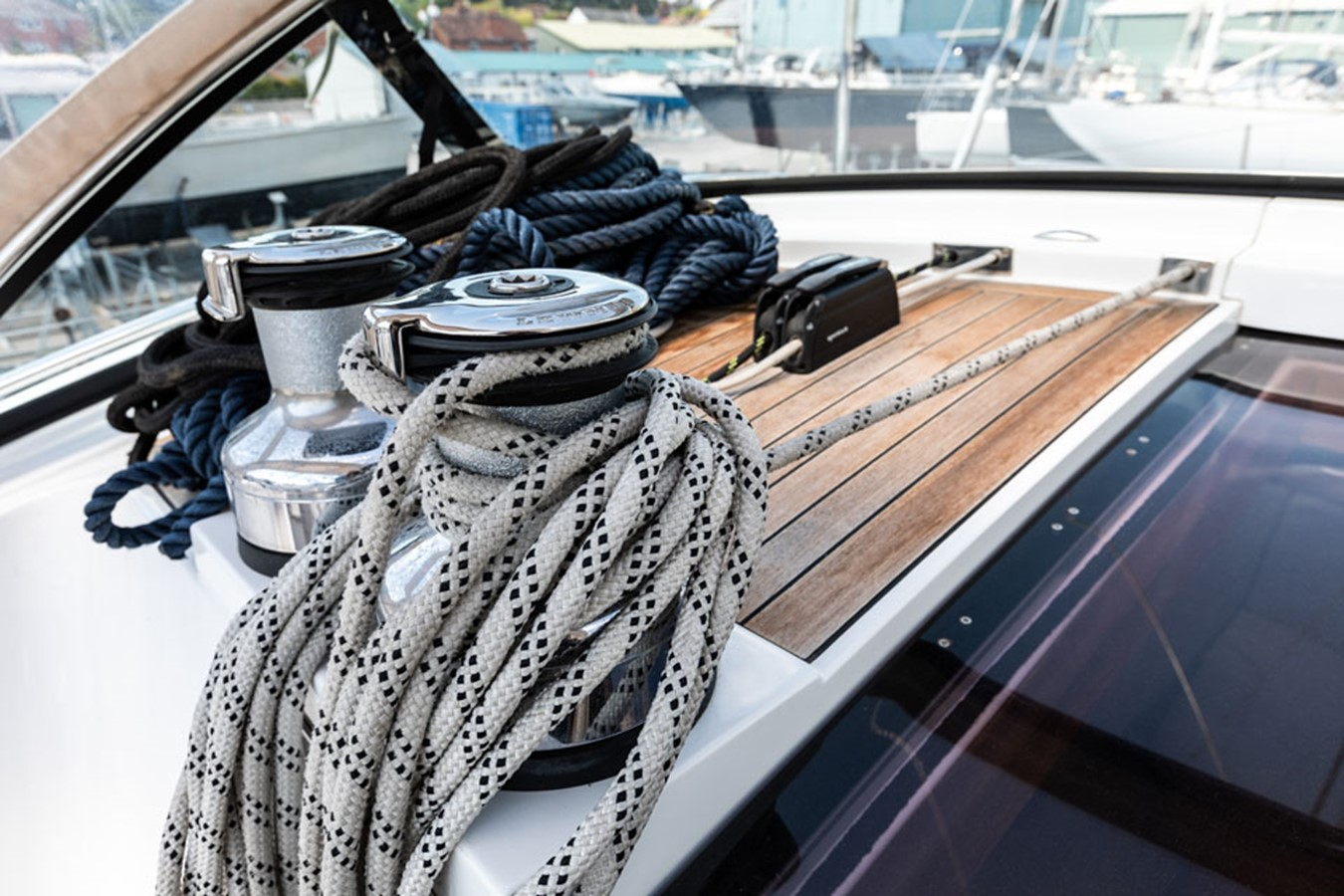 2012 DISCOVERY Discovery 57 Cruising Sailboat 2546390