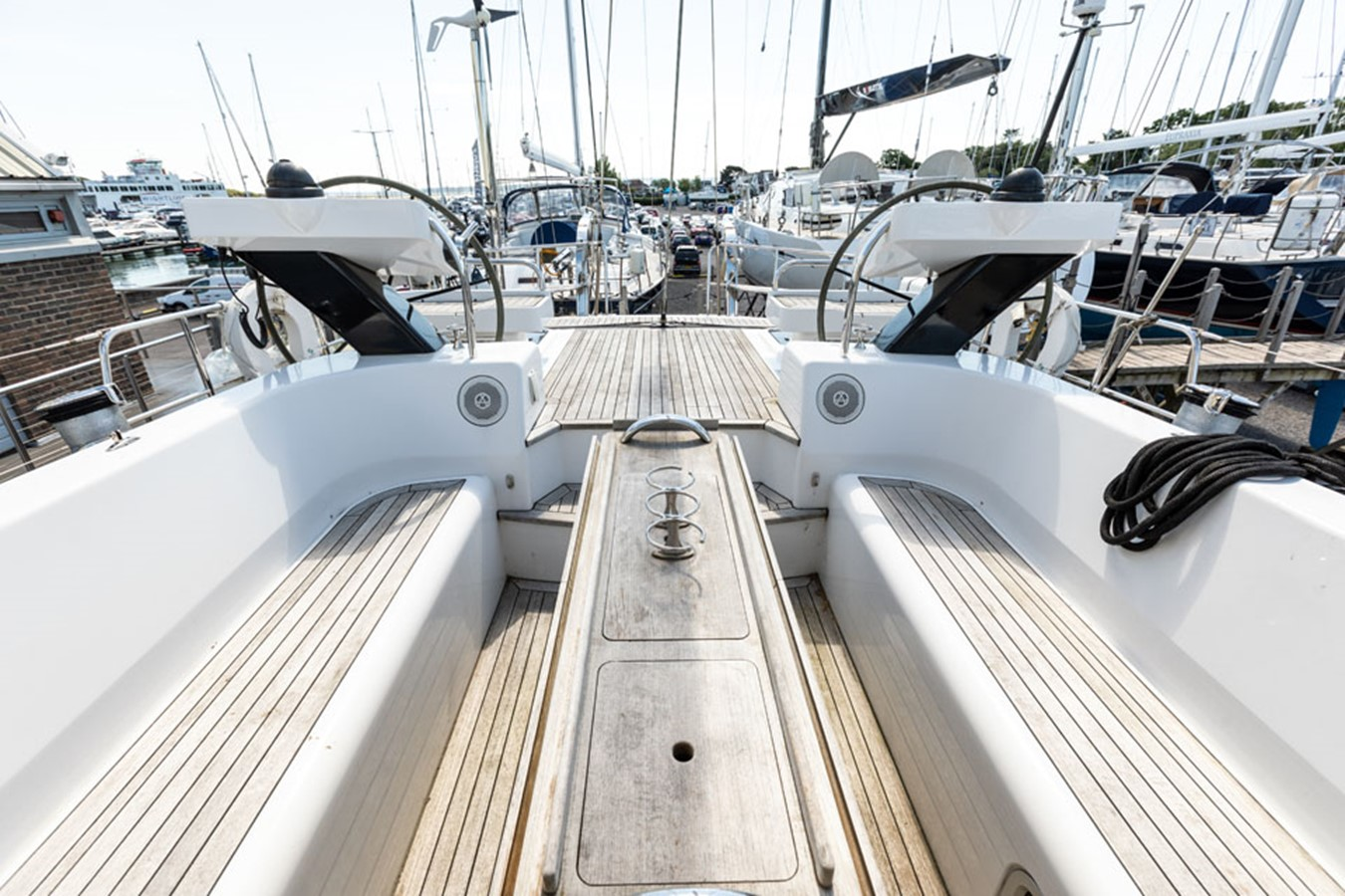 2012 DISCOVERY Discovery 57 Cruising Sailboat 2546391