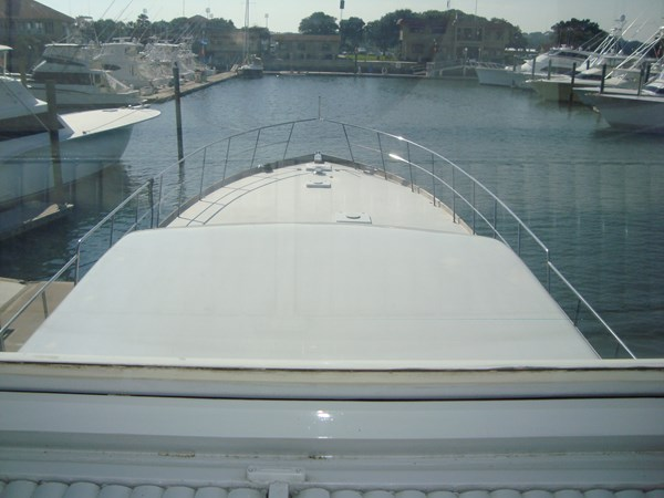 Bridge  Fwd View 1980 HUCKINS  Motor Yacht 2802401