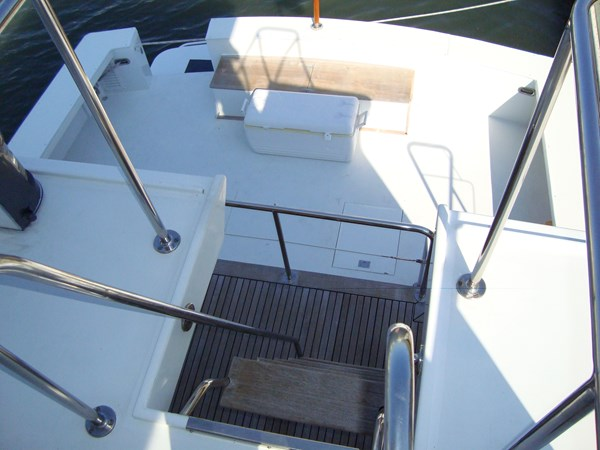 Bridge Aft View 1980 HUCKINS  Motor Yacht 2802409