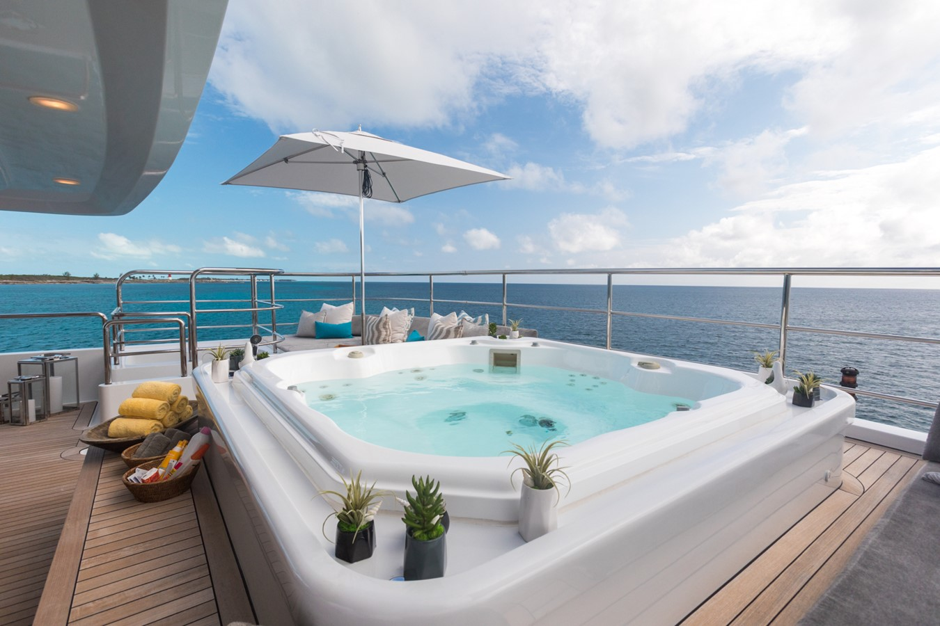 Jacuzzi - 214 CODECASA For Sale