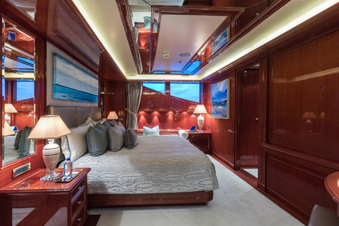 Upper Deck VIP Stateroom 2010 CODECASA  Motor Yacht 2548491