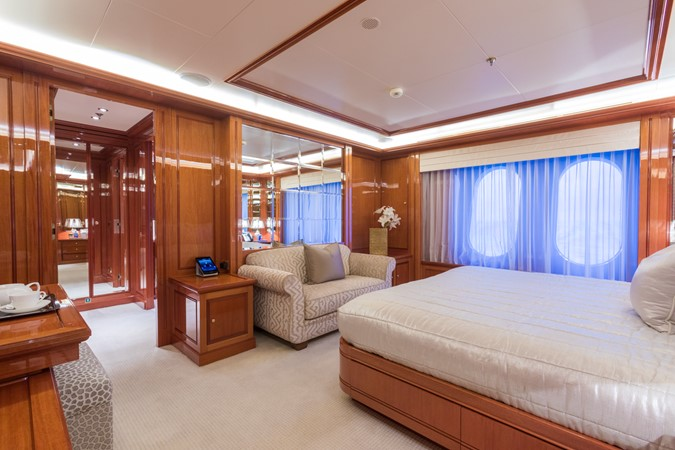 Main Deck Forward VIP Starboard Stateroom 2010 CODECASA  Motor Yacht 2548497