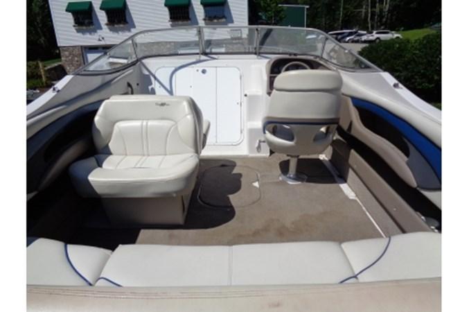 yachtfourwinns20022451 2002 FOUR WINNS 245 Sundowner Cruiser 2548704
