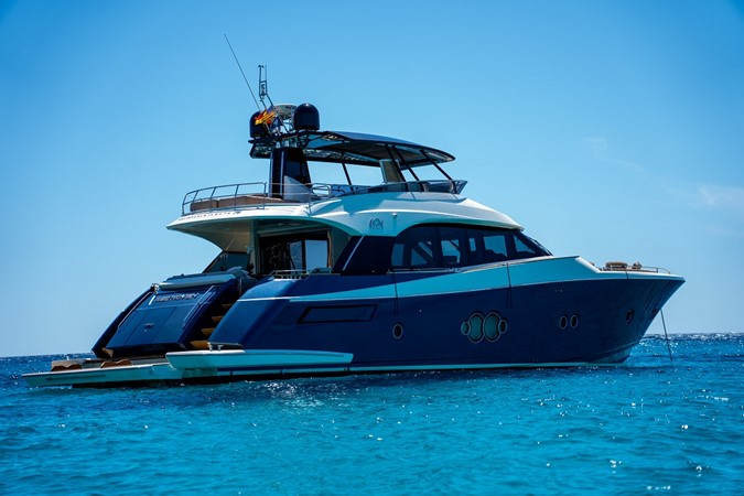 2016 MONTE CARLO YACHTS MCY 76 Fly Bridge Version Motor Yacht 2549439