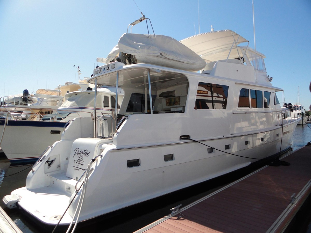 Aft Profile 1979 HATTERAS  Motor Yacht 2575571