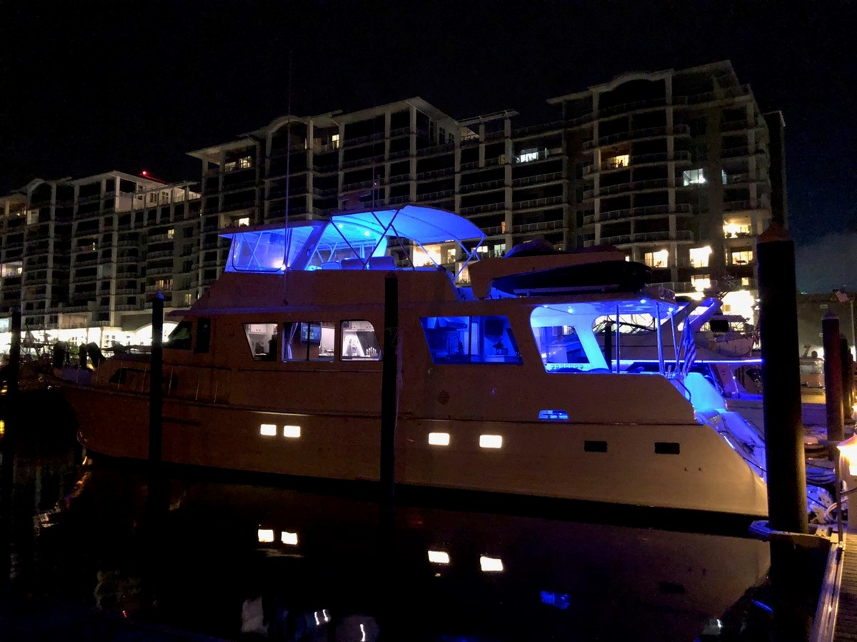 Night View 1979 HATTERAS  Motor Yacht 2575573