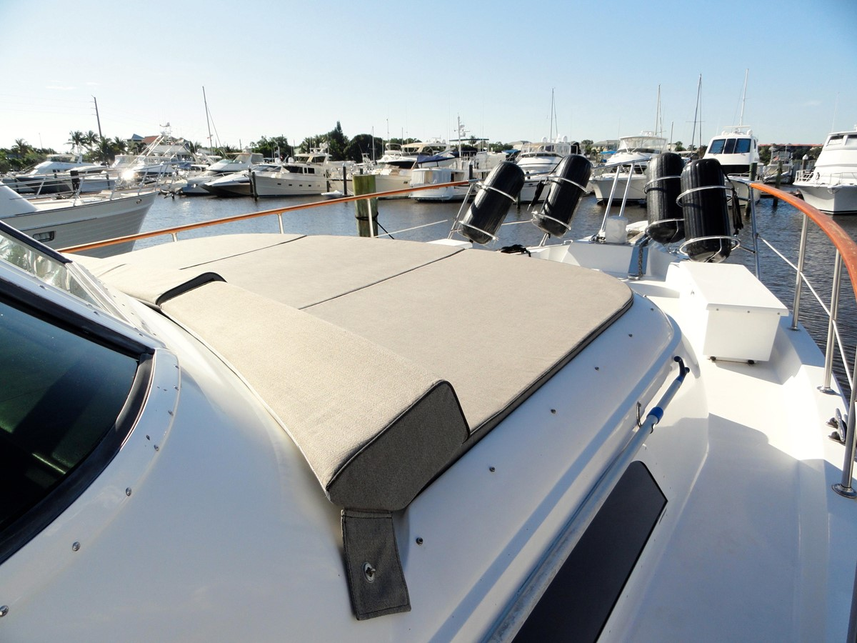 Bow 1979 HATTERAS  Motor Yacht 2575650