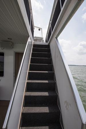 Aft steps 2007 FANTASY YACHTS 112' x 21' Houseboat 2551893
