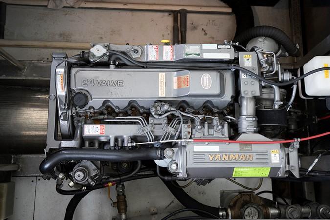 Engine 1 2007 FANTASY YACHTS 112' x 21' Houseboat 2551939