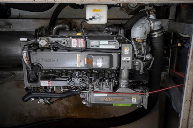 Engine 2 2007 FANTASY YACHTS 112' x 21' Houseboat 2551940