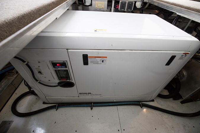 Kohler generator 2007 FANTASY YACHTS 112' x 21' Houseboat 2551941