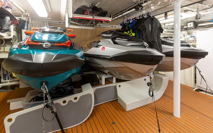 2005 HEESEN YACHTS  Motor Yacht 2558834