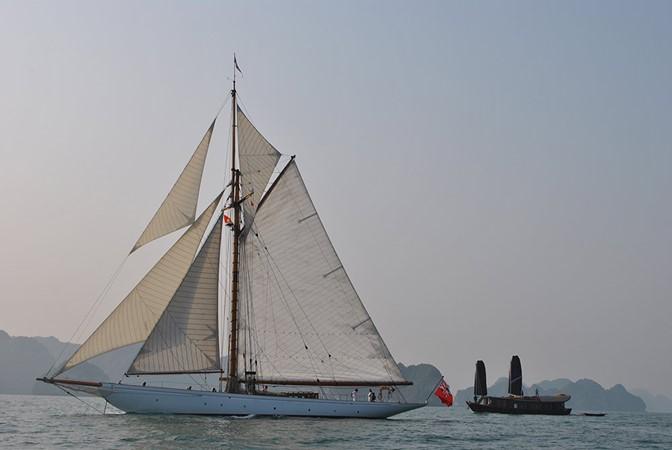 1904 CAMPER & NICHOLSONS  Classic Yacht 2578275