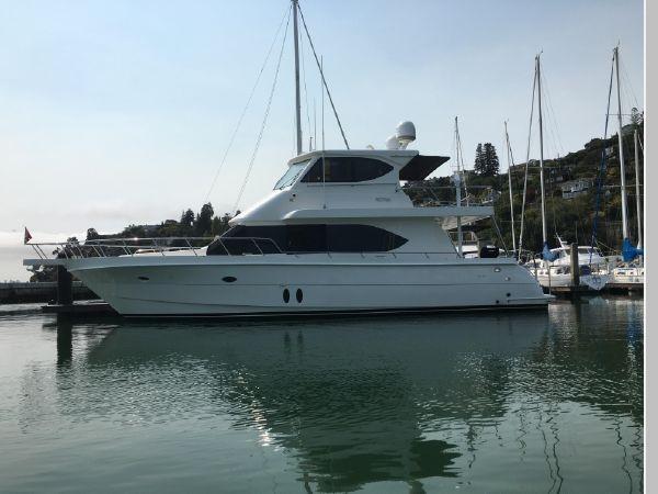 2009 CUSTOM Activa Skylounge Motor Yacht 2552743