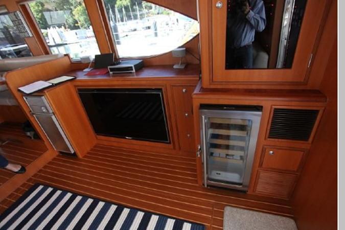 2009 CUSTOM Activa Skylounge Motor Yacht 2552750